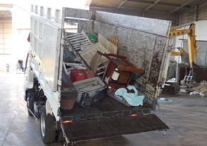 引っ越しゴミの処分、ゴミ屋敷の後始末、お引き受けします。